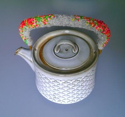 Dejlig stor te kande med ny beklædning af hanken